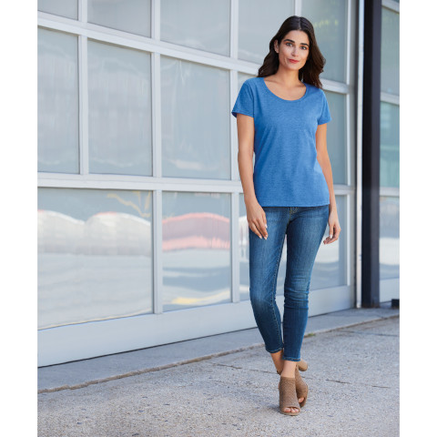 Gildan Softstyle Women's Deep Scoop T-shirt