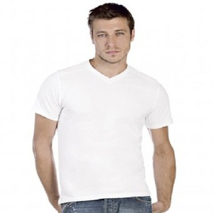 Men's Slim Fit T-shirts Slim fit T-shirts make your upper body look its absolute best—with or without the gym. The slim fit not only flatters, the breathability and slight stretch make it incredibly comfortable to wear under another shirt or on its own.